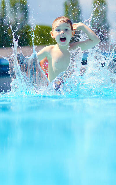 At the pool - ©Shutterstock