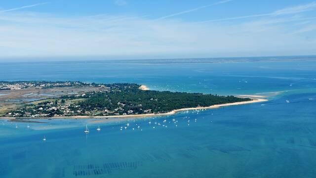Arial view of the l'île de Ré © FDHPA 17