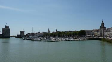 The towers of La Rochelle / ©FDHPA 17